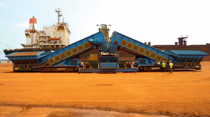 Mineral exports from Central & Southern Africa: SAMSON Materials Handling offers new mobile shiploading system