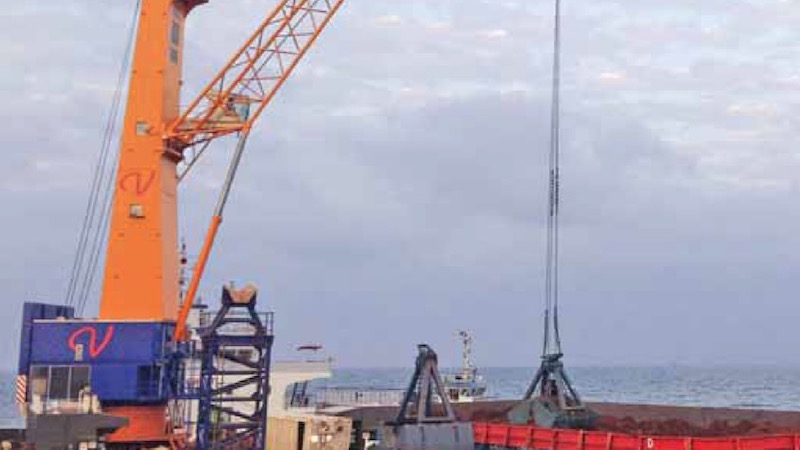 Koneranes Gottwald floating cranes to be delivered to Guinea