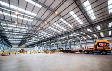 UK'S first fully-automated steel terminal opens in Liverpool